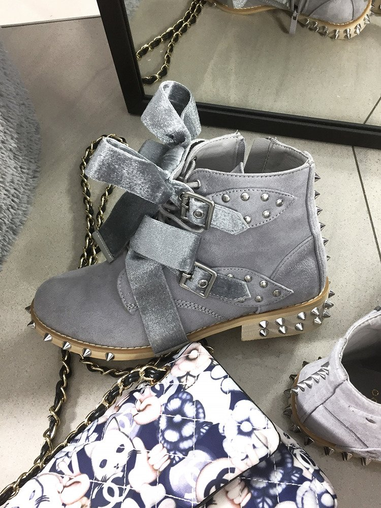 LU BOO GREY ANKLE STUDDED BOOTS WITH CUTE BOW