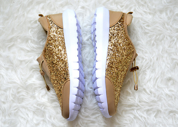 Gold Sneakers Flat Que