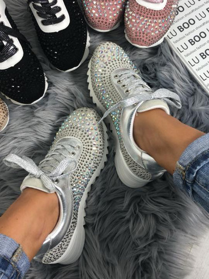 Grey sneakers with Crystals