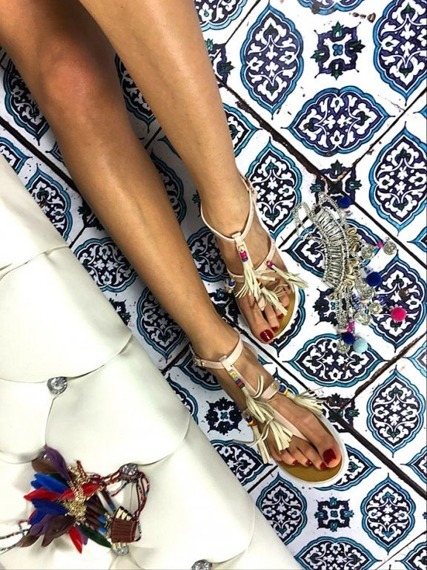 LU BOO BEIGE SANDALS TASSELS SUMMER BEACH