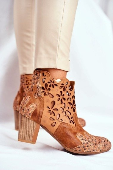 Women's Boots On High Heel Maciejka Leather Camel 04369-29